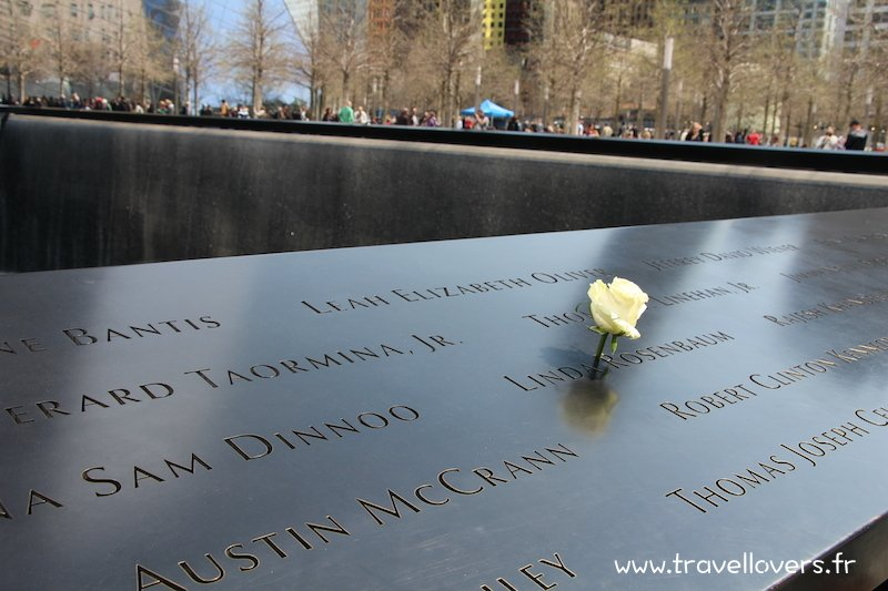 rose-memorial-11-septembre-new-york
