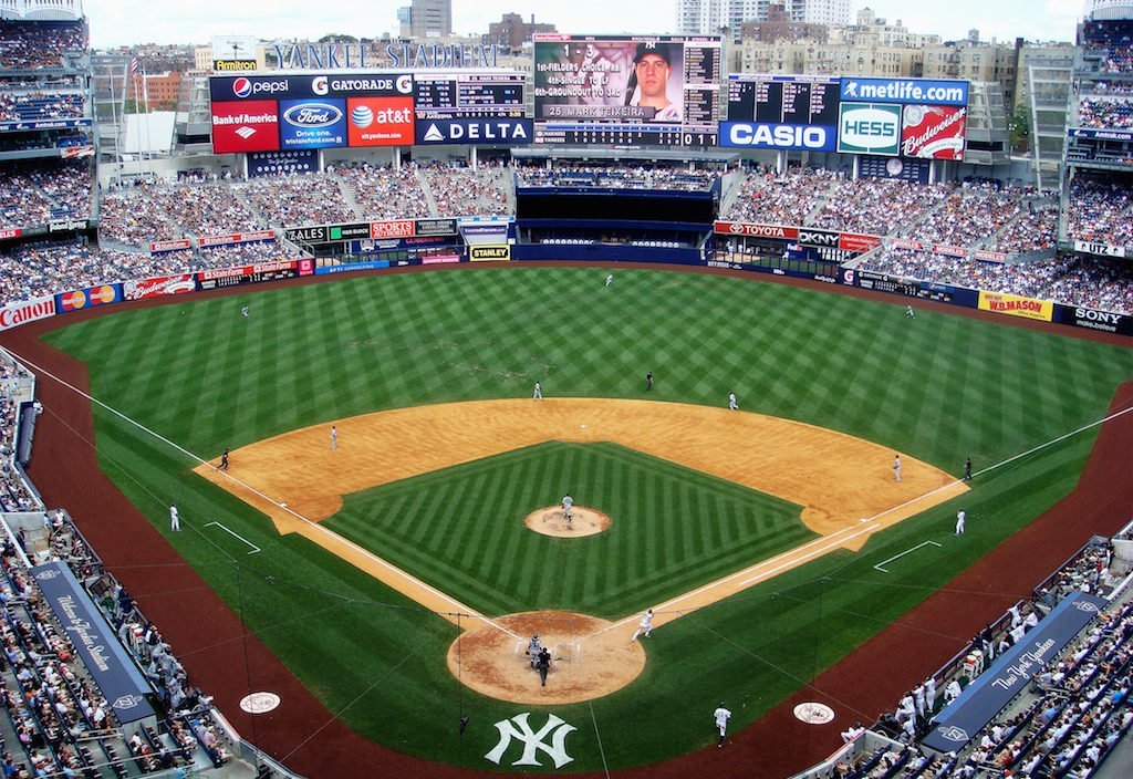match-baseball-yankee-stadium-new-york